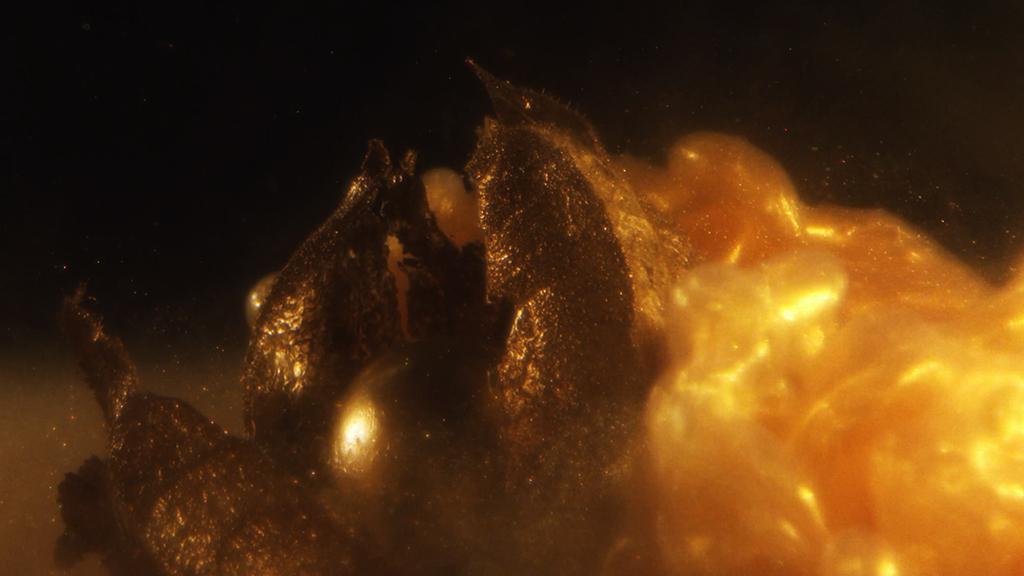 gold clip teaser film